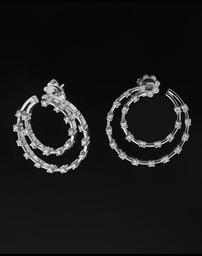 Σκουλαρίκια Κρίκοι λευκόχρυσα Κ18 με Διαμάντια a6d5b8bdc32