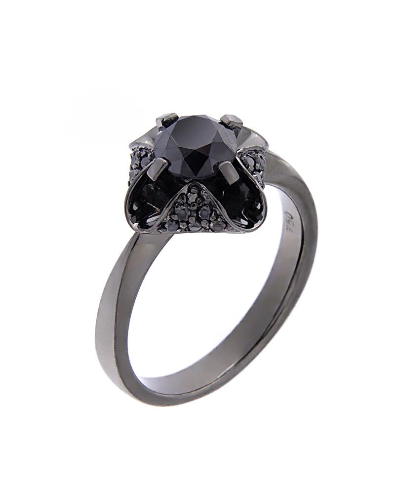 Δαχτυλίδι μονόπετρο λευκόχρυσο Κ18 με μαύρα Διαμάντια